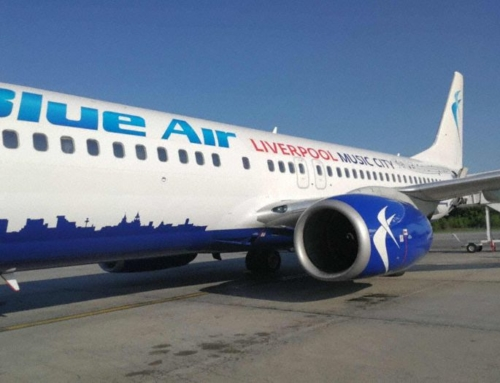 Incident: Blue B738 at Bucharest on Apr 22nd 2018, hydraulic failure. Source: Aviation Herald.